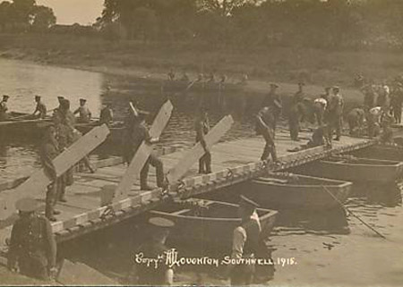 Pontoon bridge building