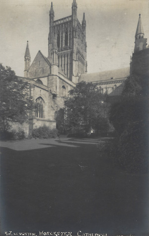 External shot of Worcester Cathedral
